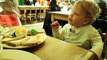 baby-dinner